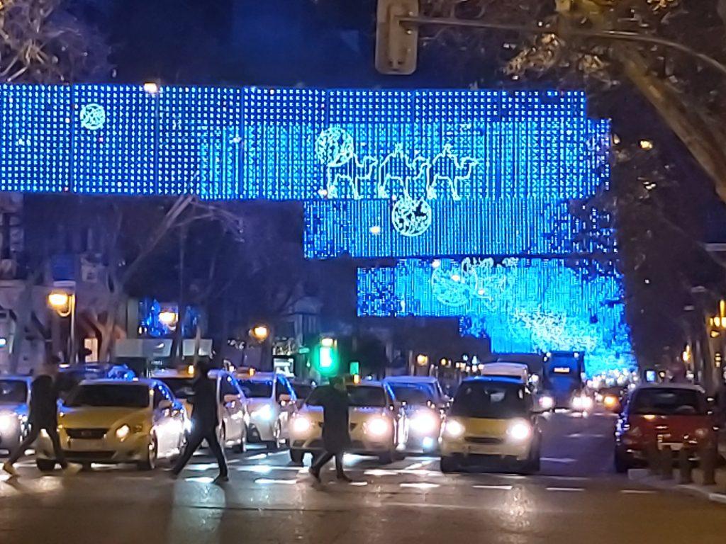 Vianočné svetlá na ulici Velazquez v Madride