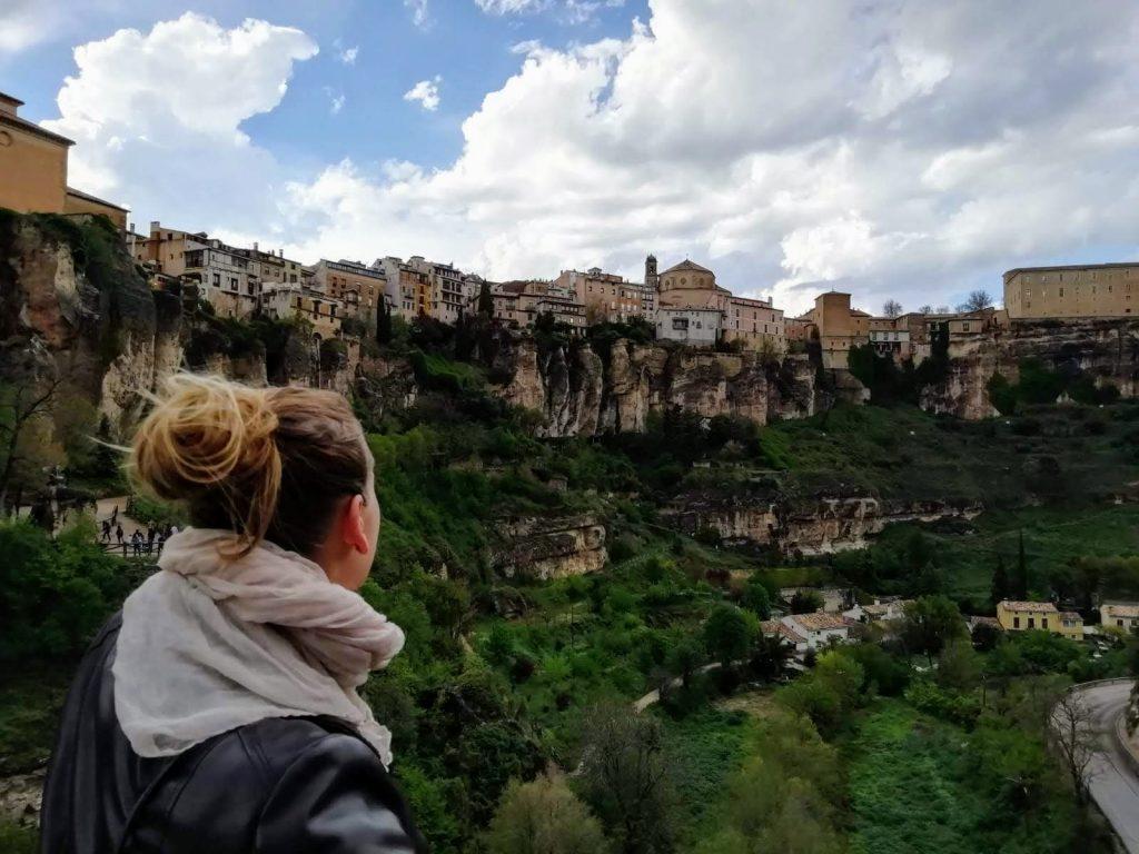 výhľad na mesto Cuenca z mosta Svätého Pavla