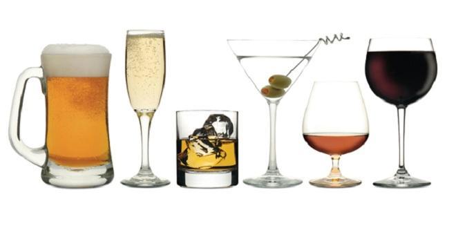 Rôzne druhy nápojov, ktoré sa pijú v Madride
