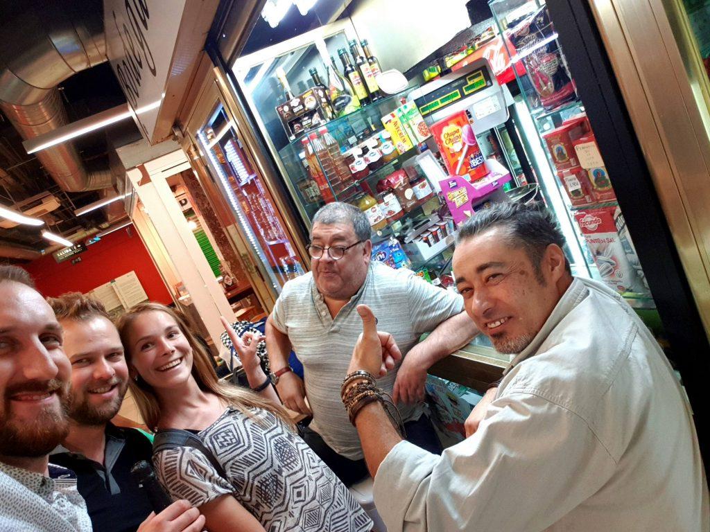 Debata so španielmi v tržnici Mercado de San Fernando