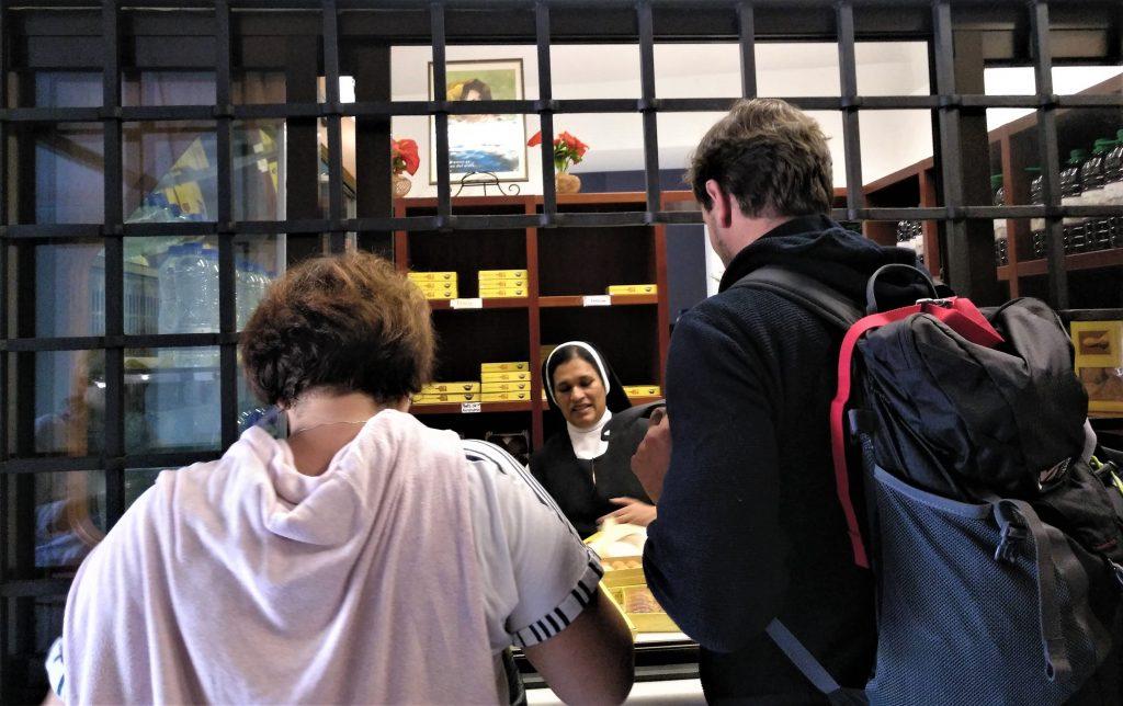 U mníšok v Tolede si kupujeme ručne vyrobený marcipán