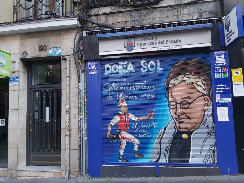 stánky predávajúce lotériu na každom kroku boli na začiatku života v Španielsku kultúrny šok