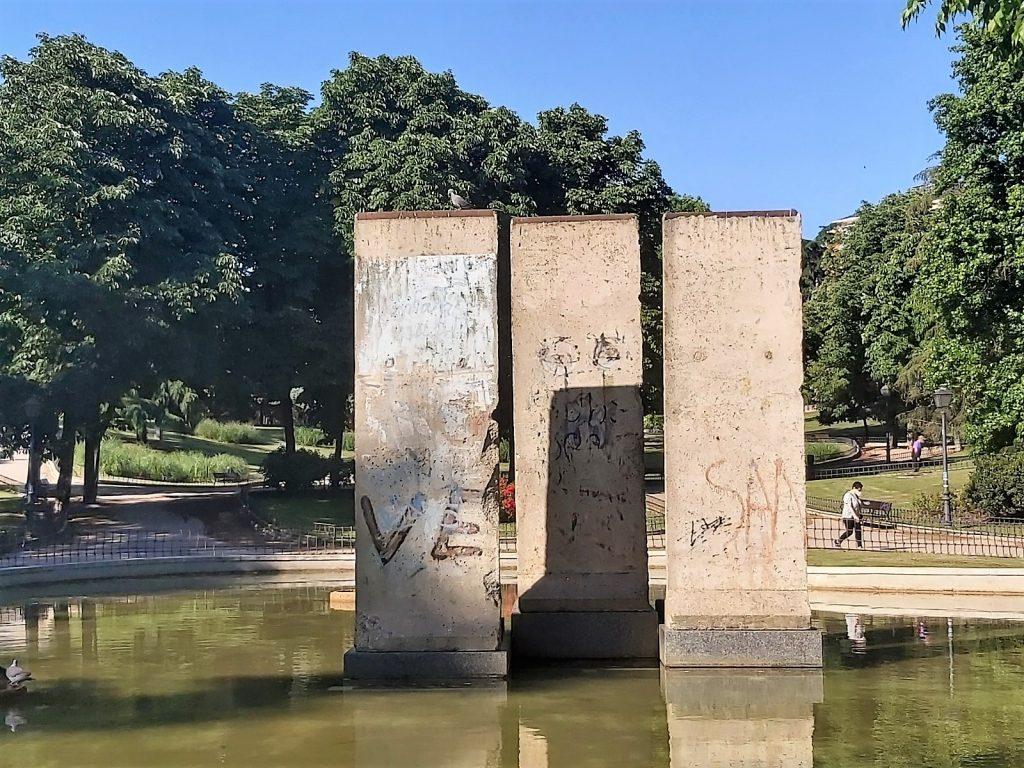 bloky berlínskeho múra v Madride