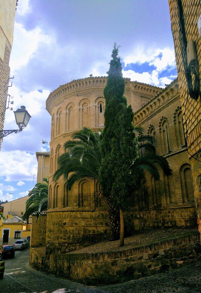 kláštor Santa Isabel je typickou mudejarskou budovou