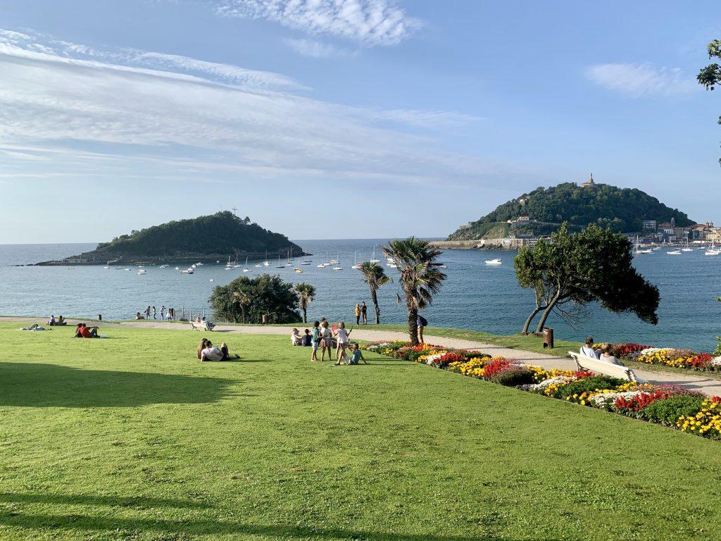 Výhľad z parku paláca Miramar, San Sebastián, Španielsko